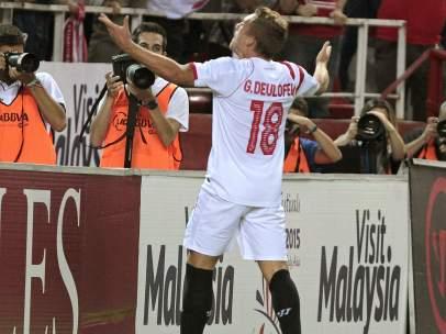 Gol de Deulofeu con el Sevilla