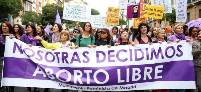Celebran la retirada de la reforma del aborto