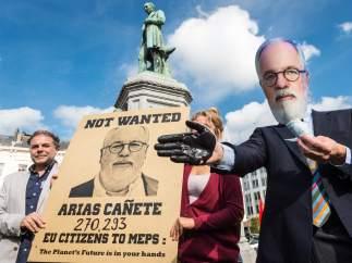 Protesta contra Cañete