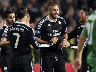 Benzema ante el Ludogorets