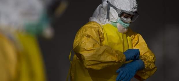 Traje protector contra el ébola