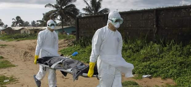 La OMS confirma que casi 10.000 personas se han infectado con el virus del ébola