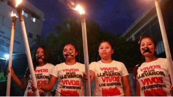 Manifestaciones por los estudiantes desaparecidos de Iguala.