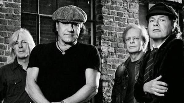 Foto promocional del nuevo elenco de AC/DC