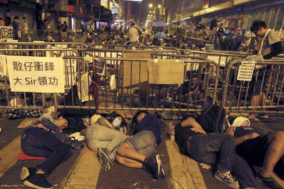 Calma tras los enfrentamientos en Hong Kong
