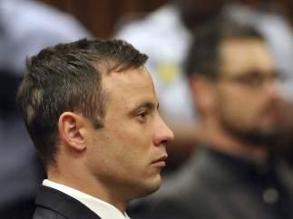 Pistorius, condenado a 5 años de prisión