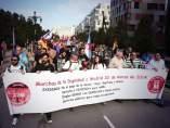 Cabecera de la manifestaci�n de este viernes en Oviedo convocada por 'Marchas por la Dignidad'