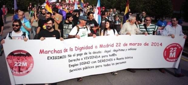 Cabecera de la manifestación de este viernes en Oviedo convocada por 'Marchas por la Dignidad'
