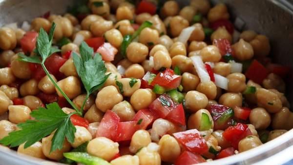 Una dieta rica en legumbres reduce el colesterol y el riesgo de enfermedad cardiovascular