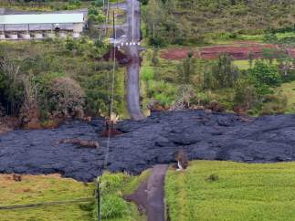 La lava sigue avanzando en Pahoa