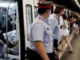 Mossos en el Metro