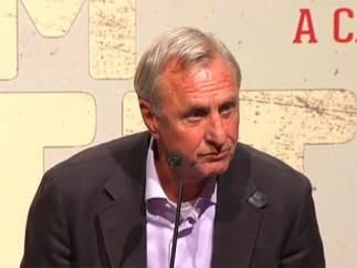 """Cruyff: """"La gente no está contenta"""""""
