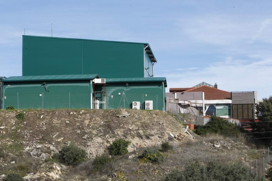 Foto el exterior de la casa de 39 gh 39 lo que hay detr s for Articoli x la casa online