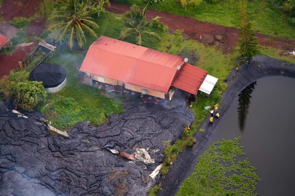 La lava del Kilauea destruye la primera casa en Hawái