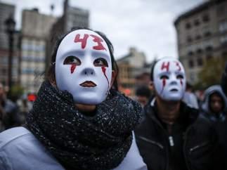 Manifestaci�n en Nueva York por los estudiantes mexicanos