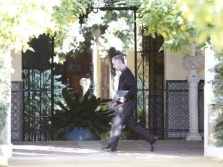 El confesor de la duquesa de Alba llega a Dueñas