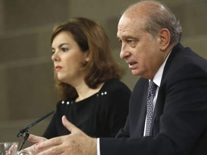 Soraya S�ez de Santamar�a y Jorge Fen�ndez D�az