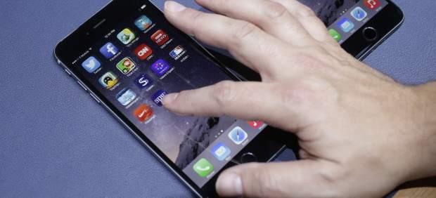 Apple patenta un sistema que hace que el iPhone gire cuando se cae y no se rompa la pantalla