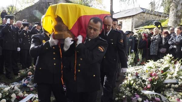 Funeral por la agente fallecida en Vigo