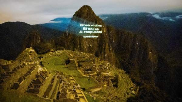 Acción de Greepeace en el Machu Picchu