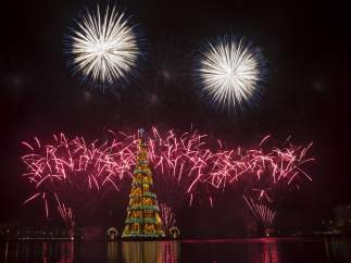 El �rbol de Navidad flotante m�s grande del mundo