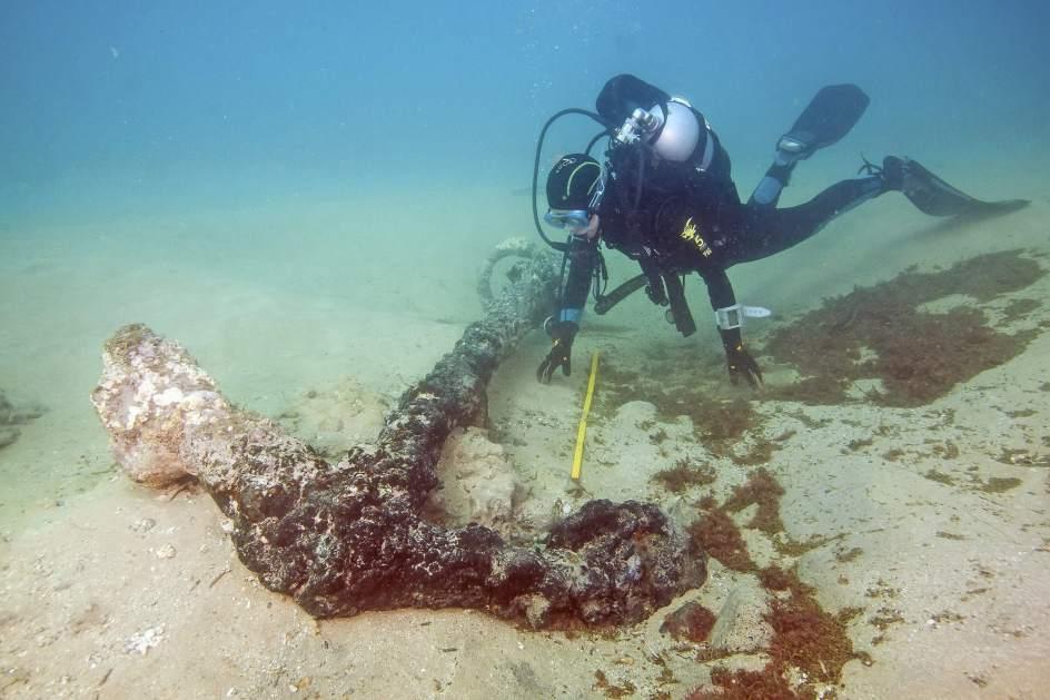 Rescatan restos del navío Pedro Díaz