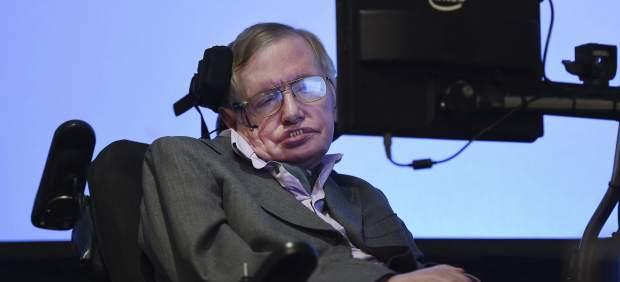 """Stephen Hawking teme a la posibilidad de que """"la tecnología supere a la raza humana"""""""