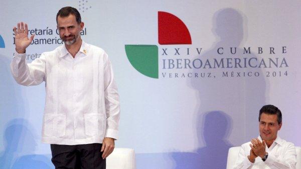 El rey Felipe VI y el presidente de México, Peña Nieto, en la XXIV Cumbre Iberoamericana