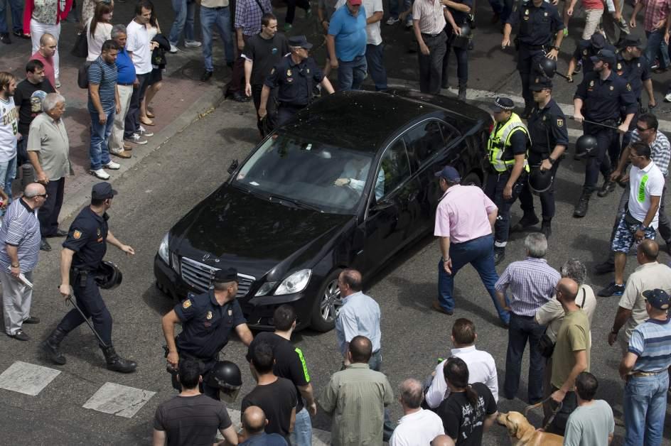 uber critica a espa a por no castigar la violencia de los
