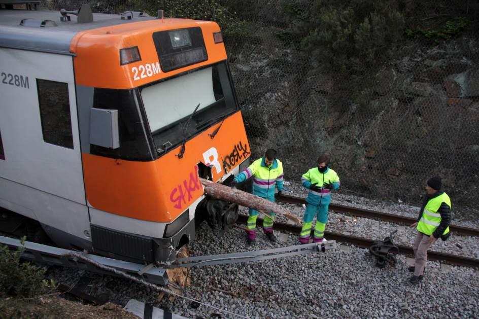 Cataluña empieza a recuperar la normalidad tras el vendaval - 20minutos.es