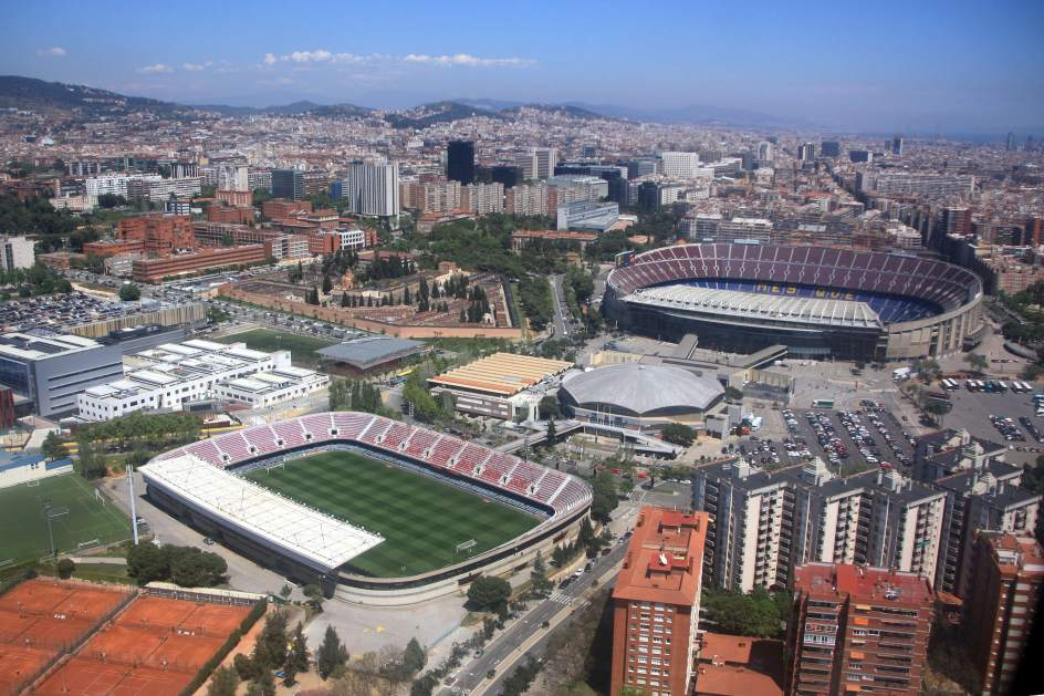 Vivir junto a un estadio de f tbol en torno a camp nou y for Piso 0 inferior estadio da luz