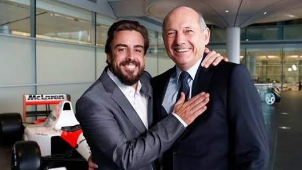 Fernando Alonso y Ron Dennis.