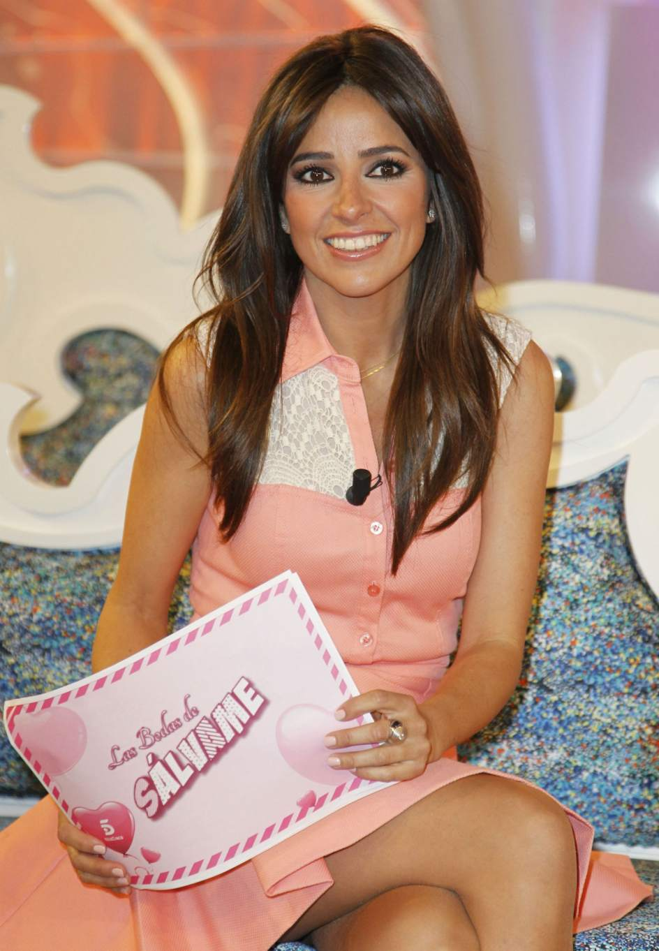 carmen aecayde  La presentadora Carmen Alcayde, durante la presentación de 'Las bodas de Sálvame', en abril de 2013. (GTRES)