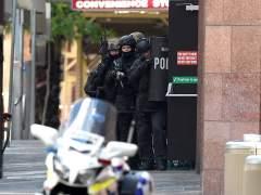 Un hombre armado retiene a decenas de personas en S�dney