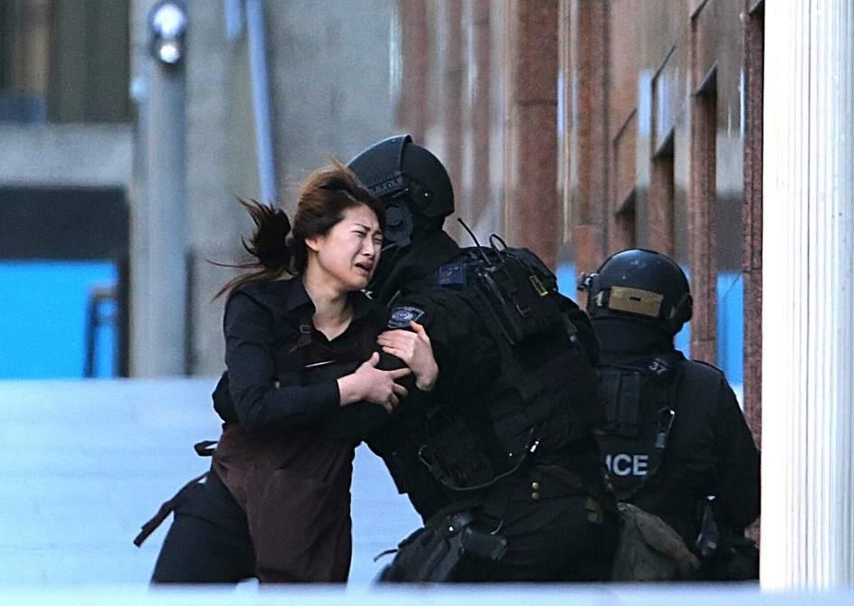 Un hombre mantiene decenas de rehenes en Sídney
