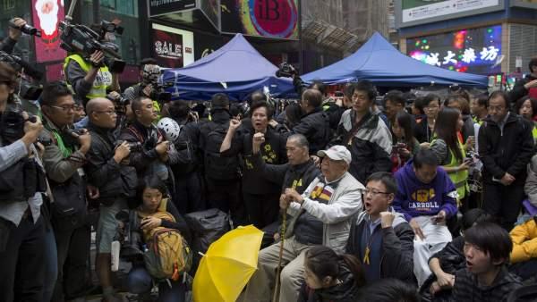 Desmantelan el campamento de Occupy Central