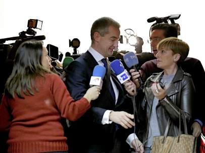 Ricardo Costa no ha dejado aún el escaño porque el PP le pidió que aguantase