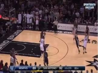 Triple espectacular de Marc Gasol en el Grizzlies-Spurs