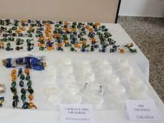 Droga y objetos decomisados por la Polic�a Nacional Espa�ola