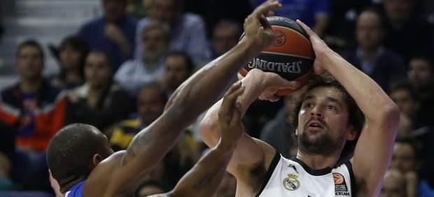 El Real Madrid acaba líder de su grupo, Unicaja cae pero avanza y Valencia Basket se despide