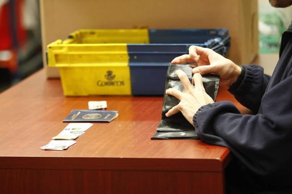 La oficina de objetos perdidos el gran almac n de los for Oficinas aena madrid