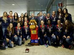 Las Guerreras regresan a Espa�a con la plata del Europeo 2014
