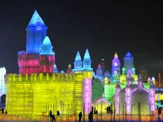 Esculturas de hielo iluminadas