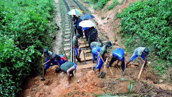 Miles de desplazados por las inundaciones en Sri Lanka