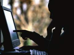 Expertos europeos ven clave Internet para combatir mensajes de violentos