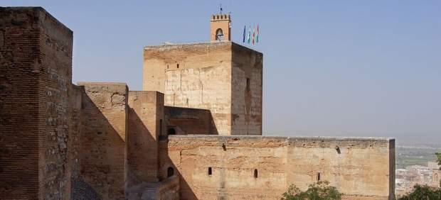La Alhambra, Torre de la Vela