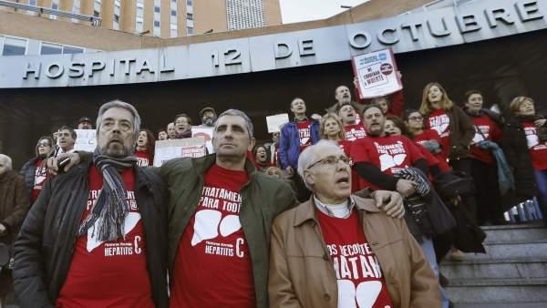 La Plataforma de Afectados por la hepatitis C anuncian una cadena humana a la Moncloa