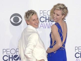 Ellen DeGeneres y Portia de Rossi en los People's Choice Awards