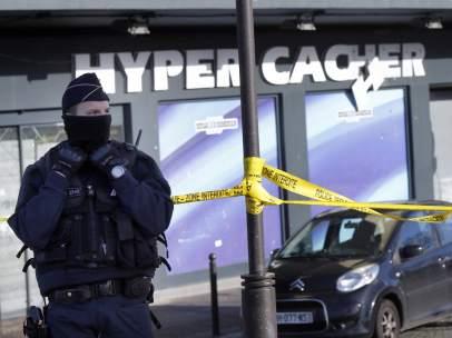 Polic�a francesa