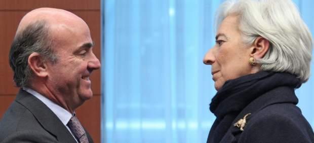 El FMI rebaja una décima el crecimiento de España y augura un 2016 con más ajustes fiscales